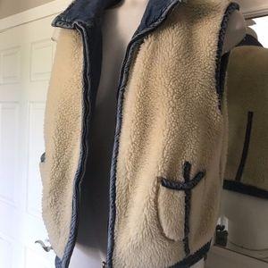 Vintage Ladies Denim Sherpa Fleece Lined Vest